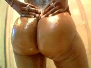 Look at this Ass. Especially the side view.