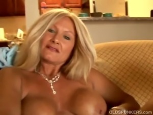 Sexy cougar slips out of her pa ... free