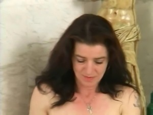 hairy mature with hairy pussy