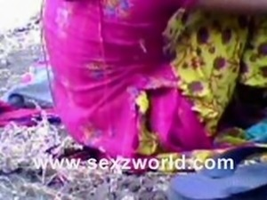Indian Gujju Lovers Scandal full  romance and sex in Park