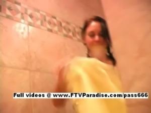 Vanesa mesmerising lovely girl  ... free