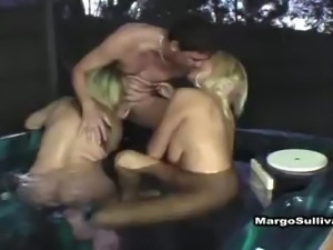 Cougar threesome in hot tub