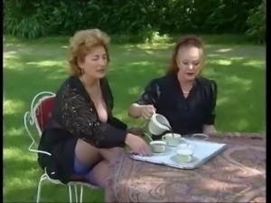 Two grannies take tea and cock free