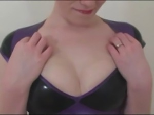 Redhead Kloe Kane poses in latex