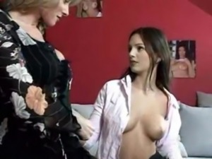 Gorgeous Eve Angel seduces a mi ... free