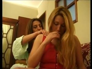 Ana Paula Melo & Cristina Junior - Portuguese jealous housewive beat down by...