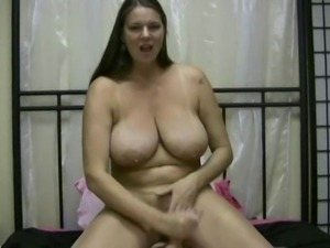 Carrie Moon handjob