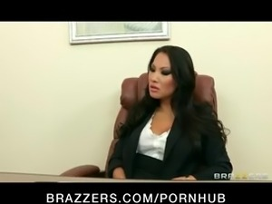 HOT Asian exec Asa Akira is fucked by her employee for promotion