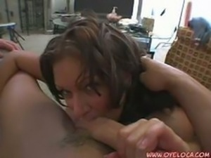 lovely brunette mami lollipops a hard cock