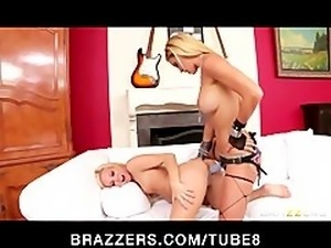 Hardcore rocker chick punishes her young blonde actress friend