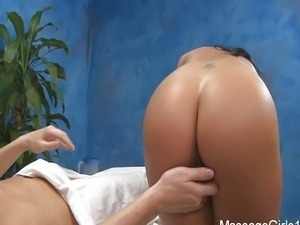 Massage Girls 18 - Tiffany Brookes