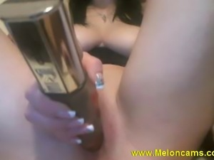 Sex webcam show - girl with big tits masurbating