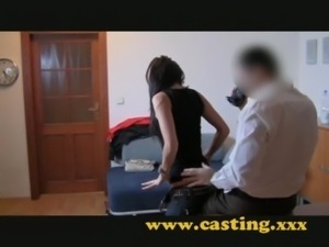 Casting - this babe is made for ... free