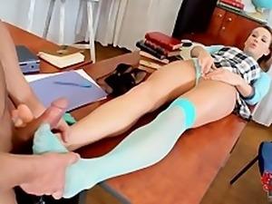Teacher get a footjob