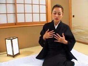 Japanese geisha teasing her nipples free