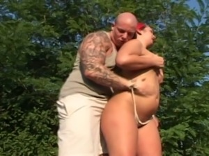 Brunette fatty ultimate outdoor greasy pussy fuck