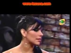 Orgasmo de Karen Dejo  Leysi Suarez y Maribel Velarde free