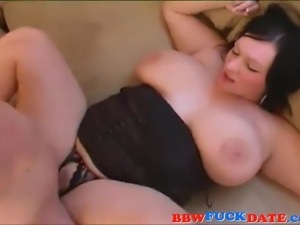 Australian BBW with big boobs gives blowjob and fucked hard in the ass