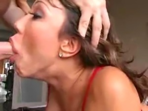 Ava Devine-SUCKS DICK LIKE PRO