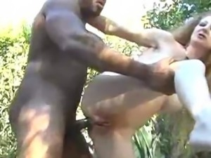 Annie Body Gets Assfucked In The Woods