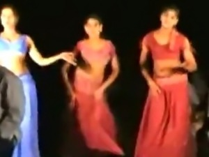Andhra-Girls-New-Naked-Dance