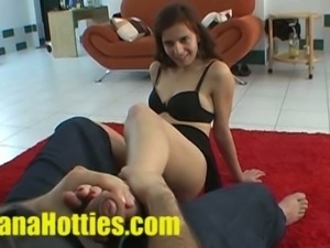 Czech teen does footjob at the casting call