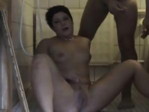 Amateurs fuckin in bathroom