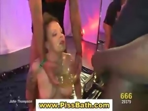 Golden shower pee fetish slut free