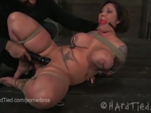 Chubby claire dames in hard bdsm