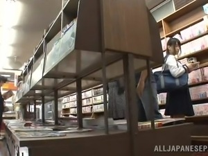 schoolgirl is used in the library