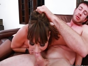 Ava Devine - Seduced By A Cougar