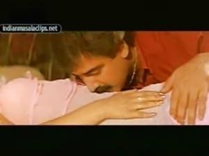 Mallu Reshma Wanta it badly
