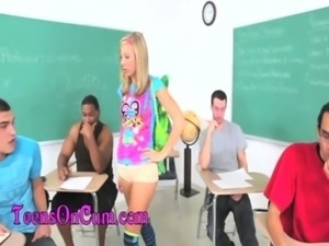 Teen Glazing Blondes Lexi Belle and Chastity Lynn HD free