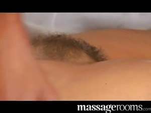 MILF hairy pussy gets stretched and creamed
