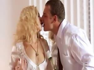 sweet blonde copulating hard in bedroom
