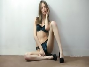 Ultra sexy stocking on gaunt super girl