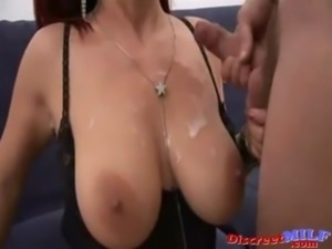 MILF Action Italian MILF takes it Anal free