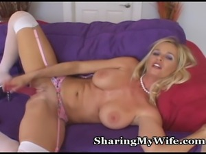 Older Hottie Craves More Orgasms