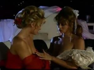Christy Canyon & Jill Kelly in lez scene
