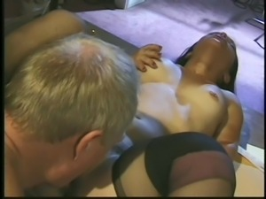 midget woman having sex with older guy