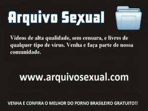 Bundudinha safada sentando na rola com gosto 1 - www.arquivosexual.com free
