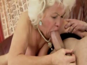 Fat mature bbw granny riding and sucking for lucky guy free