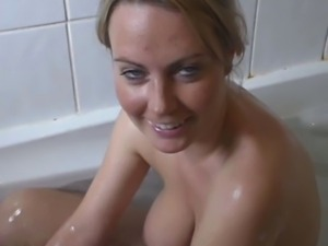 Alexis in the bathtub