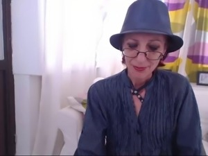 Skinny Granny Webcam
