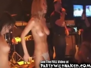 Wet sexy girls get naked in a wet t-shirt contest free