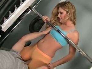 Hayden night's cameltoe spread by cock at the gym