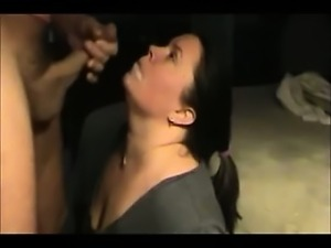 Amateur BBW Swallowing Cum