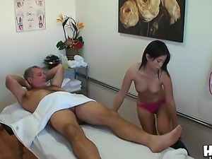 Lovely Asia Zo present Jay awesome Asian naked massage that turns into hot 69...