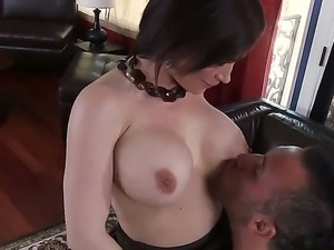 Busty milf Diamond Foxxx enjoys having her shaved cunt deep fucked by young...