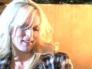 Luxury blonde milf Stormy Daniels and her new handsome neighborhood man...